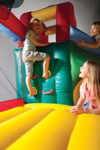 Детский батут - заряд бодрости и веселья для детей и взрослых